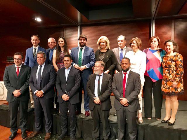 López Miras anuncia que un centenar de proyectos de economía social recibirá tres millones de euros en las próximas semanas - 1, Foto 1