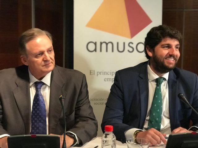 López Miras anuncia que un centenar de proyectos de economía social recibirá tres millones de euros en las próximas semanas - 2, Foto 2