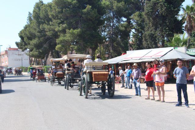 Carruajes, calesas y carros recorren San Pedro del Pinatar - 1, Foto 1