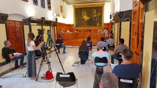 El doctor Antonio López Bermejo, presidente de la Fundación Española contra la Leucemia, será nombrado por el Ayuntamiento de Caravaca Hijo Adoptivo de la Ciudad - 3, Foto 3