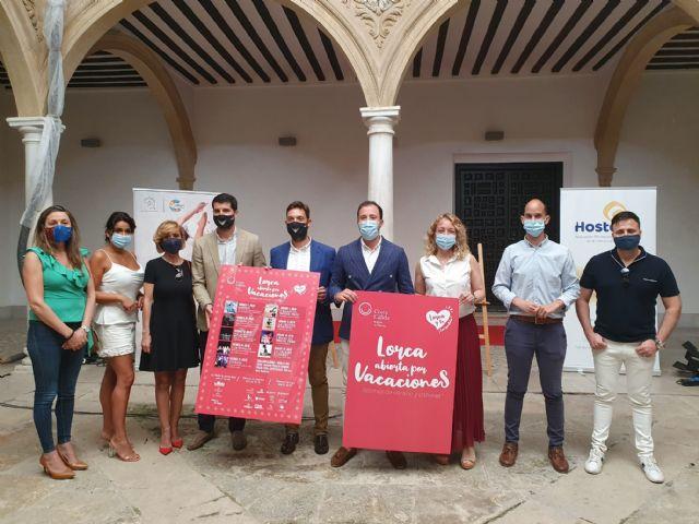 El Ayuntamiento de Lorca colabora con Hostelor en la iniciativa Noches de verano y cabaret - 1, Foto 1