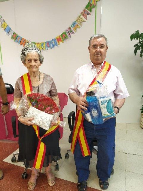 Realizan la coronación del rey y reina en los Centros de Día para Mayores Dependientes de la plaza Balsa Vieja y SEDA-Alzheimer - 3, Foto 3