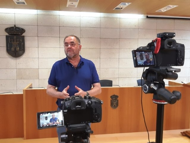 El alcalde asiste a la manifestación por el presumible cierre de las líneas ferroviarias Murcia-Lorca-Águilas ante el avance de las obras de soterramiento y plataforma de la Alta Velocidad - 2, Foto 2