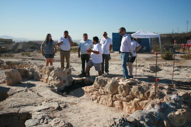 Unos veinte voluntarios participan en el V Campo de Trabajo Arqueológico en el yacimiento de Las Cabezuelas, organizado por la Asociación Kalathos - 4, Foto 4