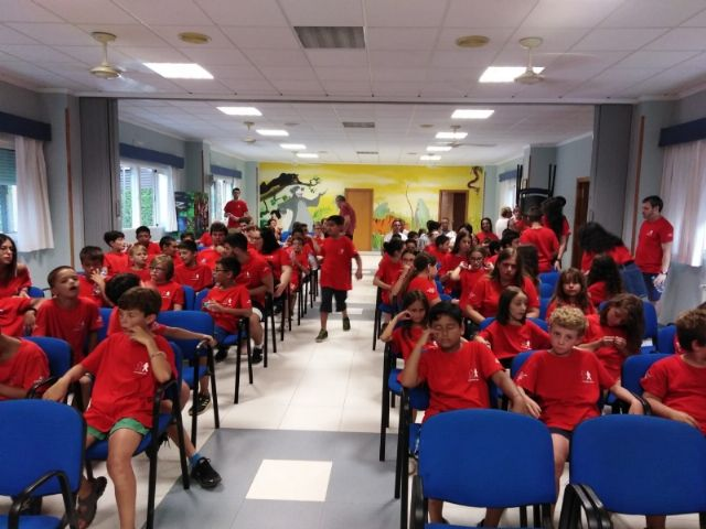 """Municipal authorities attend the closing of the XXX Training Days organized by the Murcian Regional Association of Hemophilia in """"La Charca"""", Foto 2"""
