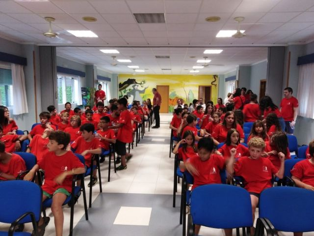 """Municipal authorities attend the closing of the XXX Training Days organized by the Murcian Regional Association of Hemophilia in """"La Charca"""", Foto 6"""