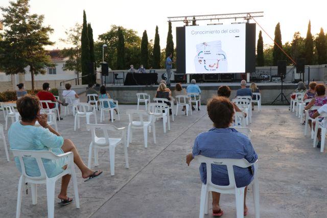 Lokímica imparte charlas prácticas para fomentar la colaboración ciudadana en el control de plagas - 1, Foto 1