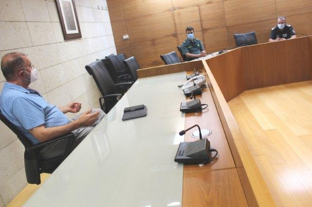 La Mesa de Coordinaci�n Local de Seguimiento del COVID-19 coordina las actuaciones de vigilancia y control para los pr�ximos siete d�as tras prorrogarse la fase 1, Foto 3