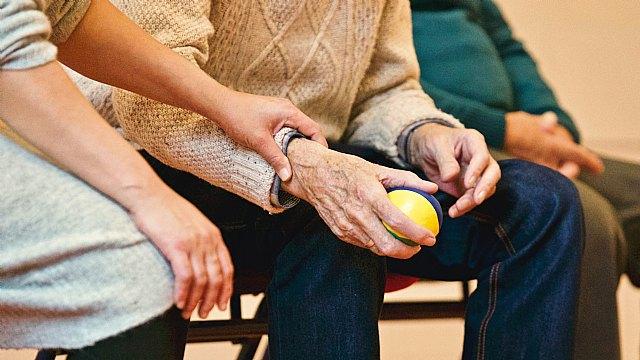 Se abren 500 puestos de trabajo de cuidador/a a domicilio para atender a las familias de Qida - 1, Foto 1