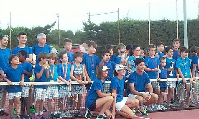 El pr�ximo 5 de septiembre arranca la Escuela de Tenis Kuore en las pistas del polideportivo, Foto 1