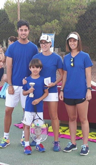 El pr�ximo 5 de septiembre arranca la Escuela de Tenis Kuore en las pistas del polideportivo, Foto 3
