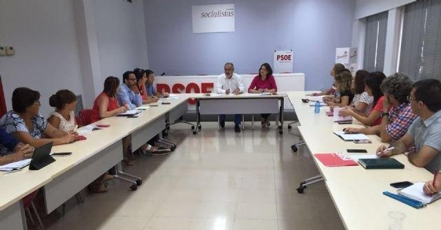 El PSOE exige a la Consejer�a de Educaci�n que escuche a la comunidad educativa y pide la derogaci�n del decreto de rev�lidas, Foto 2