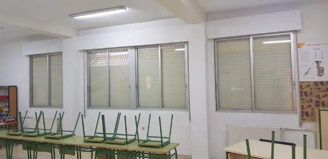 El Ayuntamiento invierte 4.000 euros en la adecuación, reparación y mantenimiento de las aulas del CEIP San Juan Bautista - 5, Foto 5