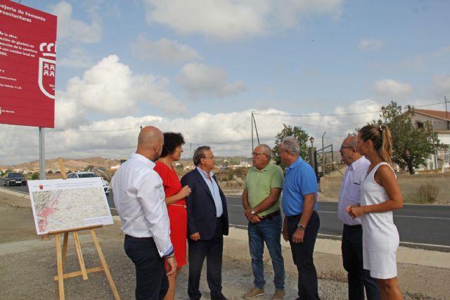 Comienzan las obras de construcción de una rotonda para mejorar la circulación y los accesos al Mercado de Ganado - 1, Foto 1