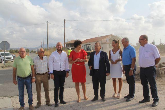 Comienzan las obras de construcción de una rotonda para mejorar la circulación y los accesos al Mercado de Ganado - 2, Foto 2