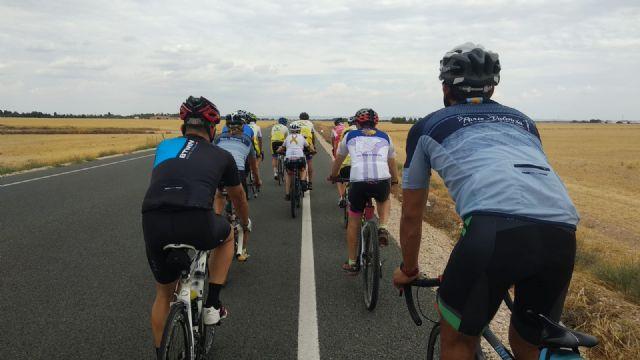 Esta tarde culmina en Murcia la marcha solidaria de ´En Bicicleta Contra el Cáncer´ después de recorrer 1.150 kilómetros - 1, Foto 1