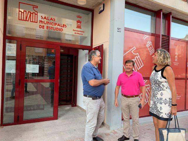 La mayor sala de estudio del municipio cuenta con un nuevo torno de acceso para mejorar el servicio - 1, Foto 1