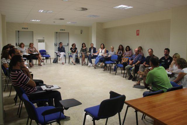 Realizada reunión para concretar pautas en casos de maltrato infantil - 1, Foto 1