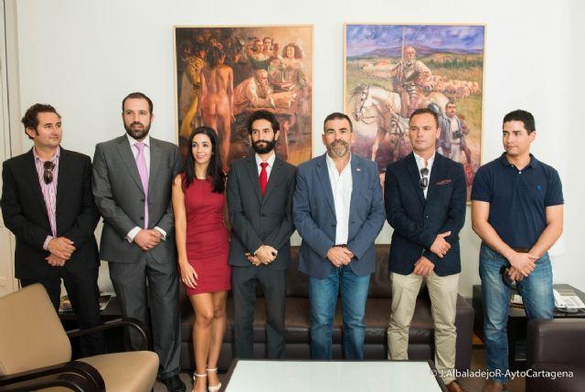 El alcalde recibe a la nueva directiva de AJE y reafirma el apoyo institucional en la búsqueda de sinergias - 2, Foto 2