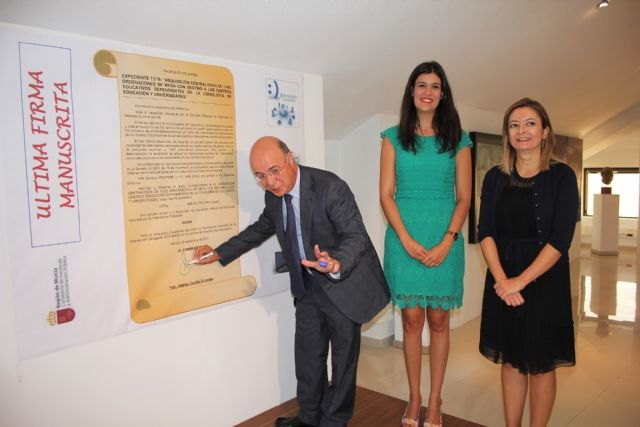 Los documentos oficiales de la Comunidad serán firmados digitalmente a partir de hoy - 1, Foto 1