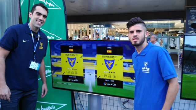 El equipo de eSports de la UCAM toma el centro de Murcia con un torneo de FIFA 17 - 3, Foto 3