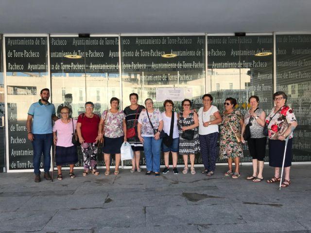 El Ayuntamiento participa con la Facultad de Ciencias del Deporte en un programa de ejercicio físico para combatir la fragilidad en personas mayores - 1, Foto 1