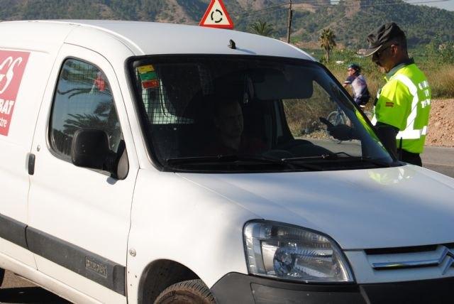 Tráfico controlará 20.000 vehículos en una campaña especial de uso de cinturón de seguridad y sistemas de retención infantil - 1, Foto 1