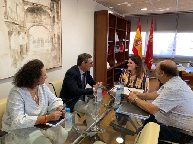 El rector de la Universidad de Murcia y la consejera de Educación se reúnen para tratar vías de colaboración - 1, Foto 1
