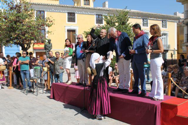 El 'Día de la Vendimia' nos trae la pisada de la uva y la bendición del primer mosto - 2, Foto 2
