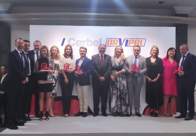 El restaurante Lamarimorena, el club Aros, CROEM, Linasa y Carrillo Asesores, premiados en el décimo aniversario de ASECOM - 1, Foto 1