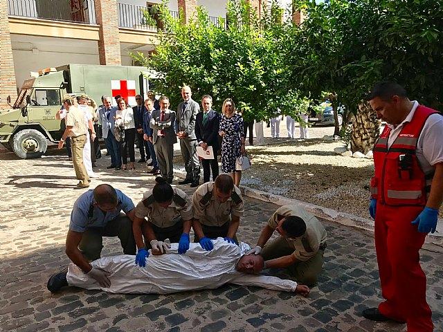 Defensa y la FMRM firman un convenio para que el personal militar pueda incorporarse al mundo laboral en los ayuntamientos de la Región - 1, Foto 1