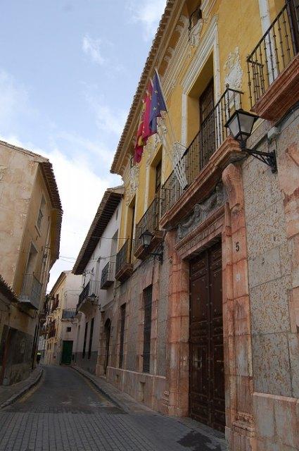 Cehegín se suma hoy a la defensa del mundo de la Cultura y las Artes iluminando los edificios de su patrimonio monumental - 1, Foto 1