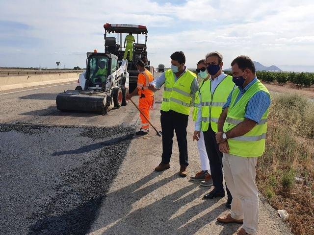 Mejoran la seguridad de la autovía del Mar Menor con la renovación del firme - 1, Foto 1