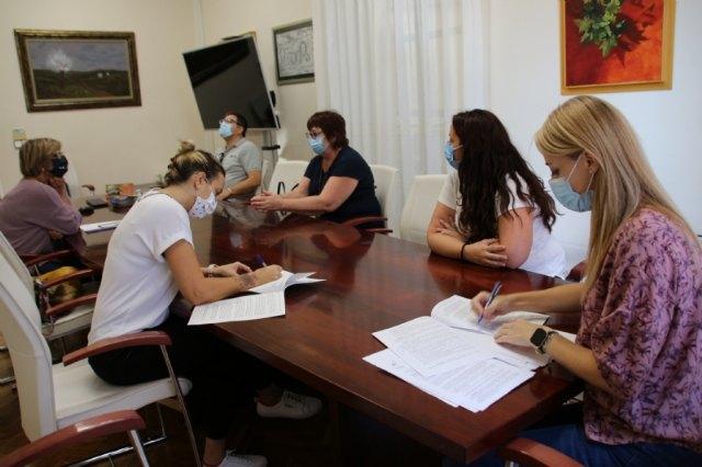 Ayuntamiento y Asociación de Comerciantes, de la mano para promover y mantener este sector - 1, Foto 1