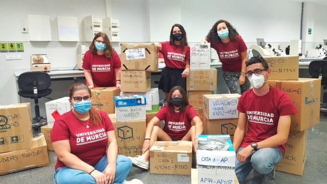 Estudiantes y profesorado de la Facultad de Óptica y Optometría de la UMU reparan 1.700 gafas donadas para llevarlas a Senegal - 1, Foto 1