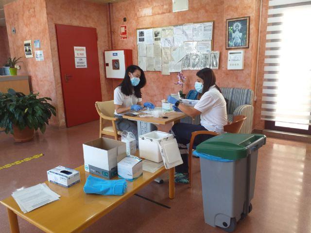 La tercera dosis de la vacuna contra la COVID-19 llega a la Residencia de Ancianos Nuestra Señora Virgen de la Esperanza - 1, Foto 1