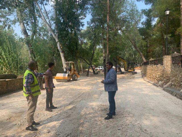 La Comunidad acondiciona la zona de recreo del paseo fluvial del Santuario de la Esperanza de Calasparra para mejorar la seguridad - 1, Foto 1