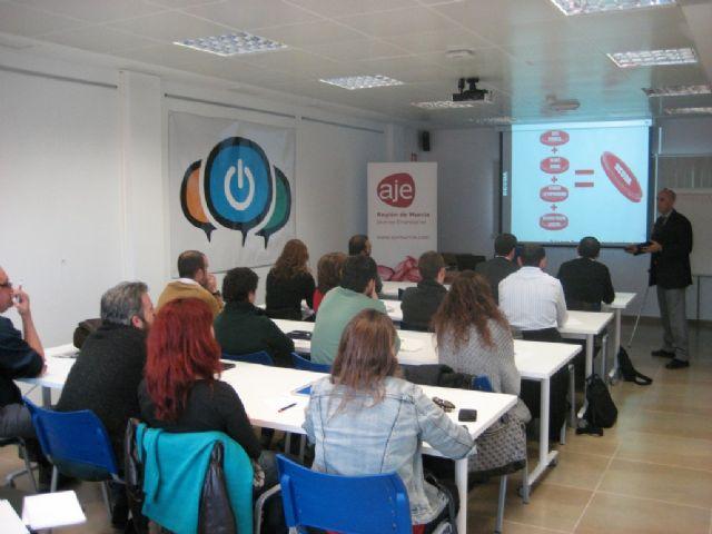 La Comunidad refuerza la formación para emprendedores del programa ´Murcia Empresa´ en el Noroeste, Guadalentín y Mar Menor