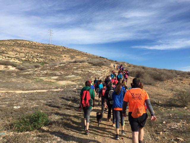 Kilómetros de Solidaridad en la I Ruta de Senderismo organizada por la Concejalía de Deportes de Torre Pacheco - 1, Foto 1