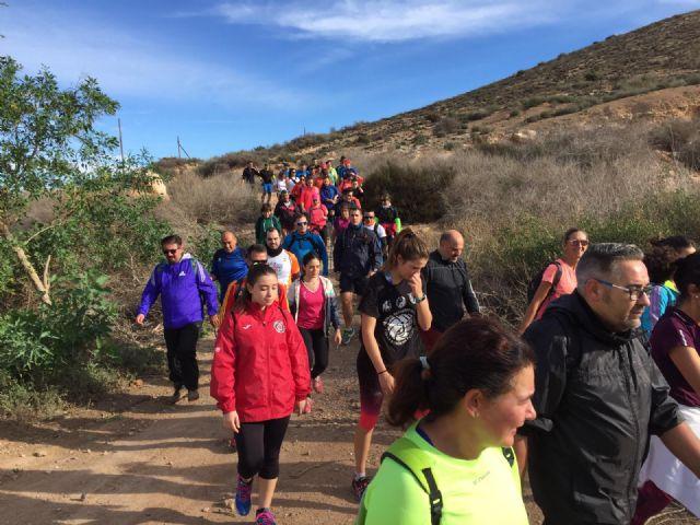 Kilómetros de Solidaridad en la I Ruta de Senderismo organizada por la Concejalía de Deportes de Torre Pacheco - 2, Foto 2