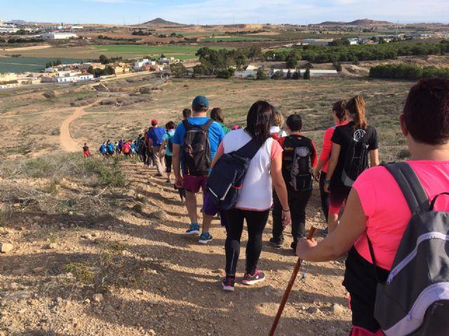 Kilómetros de Solidaridad en la I Ruta de Senderismo organizada por la Concejalía de Deportes de Torre Pacheco - 5, Foto 5