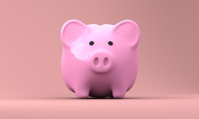 Las generaciones jóvenes empiezan a tener concienciación de ahorro, pero aún hay mucho por hacer