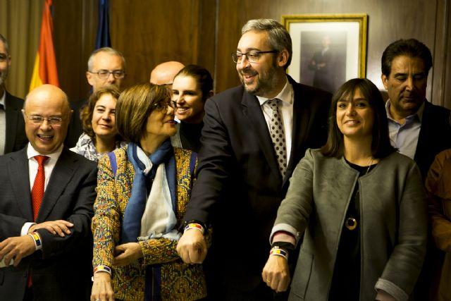 Víctor Martínez : El presupuesto de 2018 ´le da alas´ a la Región para seguir liderando la creación de empleo y el crecimiento económico - 2, Foto 2