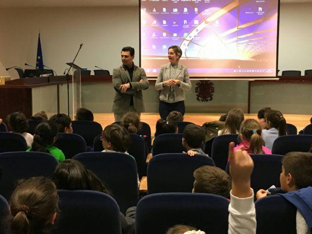Alumnos del CEIP El Mirador visitaron el Ayuntamiento - 2, Foto 2