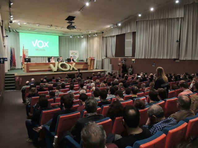 """Santiago Abascal en Murcia: """"España es una Nación, es nuestra patria y estamos dispuestos a defenderla"""" - 1, Foto 1"""