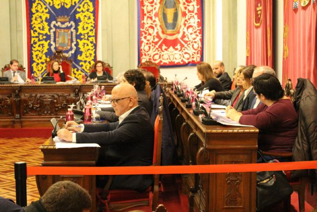 Cs logra el compromiso del Gobierno para convocar una junta de portavoces con ADIF para aclarar la llegada del AVE - 2, Foto 2