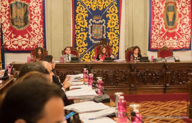 El Pleno pide actuar contra el trafico ilegal de personas y declarar Cartagena Ciudad Amiga de la Infancia - 1, Foto 1