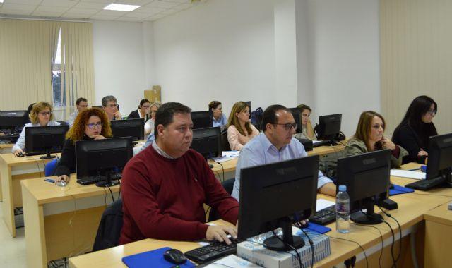 Los empleados municipales amplían su formación en contratación electrónica - 1, Foto 1