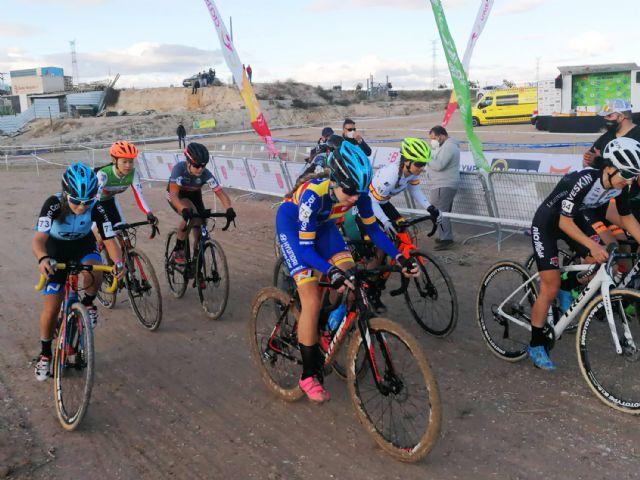 Gran espectáculo de ciclismo en Las Torres de Cotillas con el inicio del circuito regional CX Race - 3, Foto 3