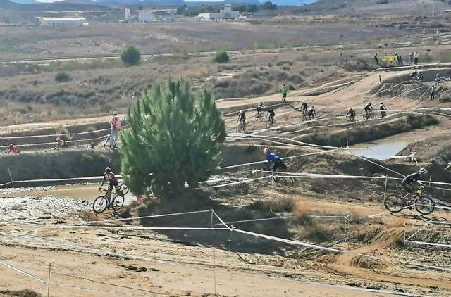 Gran espectáculo de ciclismo en Las Torres de Cotillas con el inicio del circuito regional CX Race - 5, Foto 5